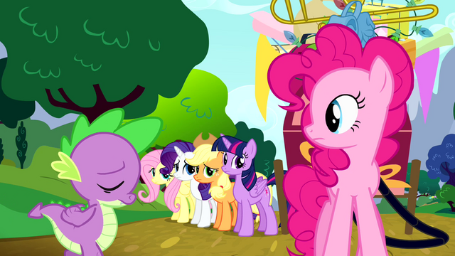 File:Spike apologizing to Pinkie S4E12.png