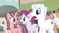 Double Diamond and other ponies gasp S5E02