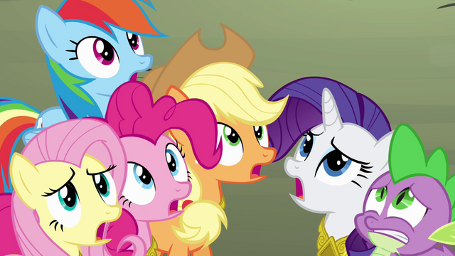 File:Ponies concerned about Twilight S4E02.png