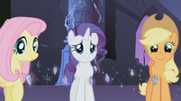 Rarity happy S01E02
