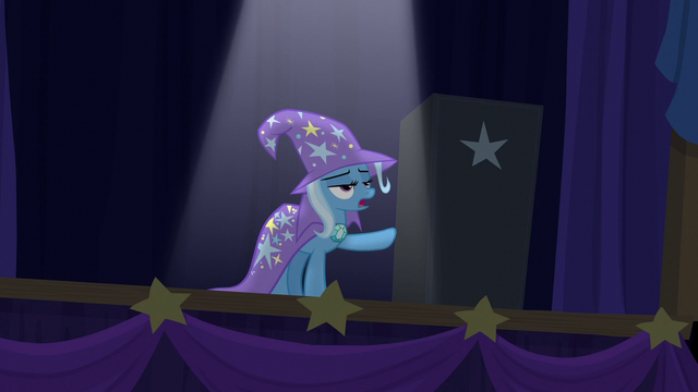 File:Trixie pointing to the black box S6E6.png