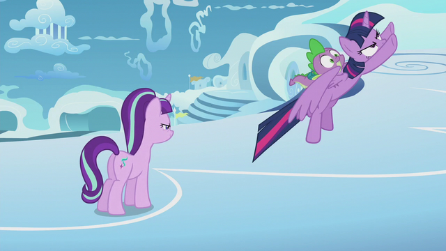 File:Twilight and Spike fly after Rainbow Dash S5E25.png