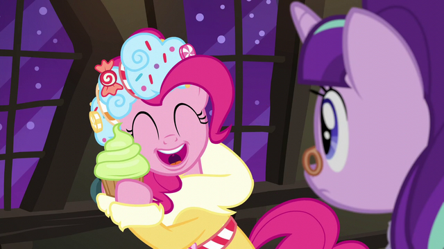 """File:Spirit of HW Presents """"I love you!"""" S6E8.png"""