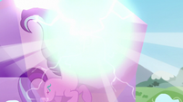 Starlight uses magic to unfreeze herself S5E26