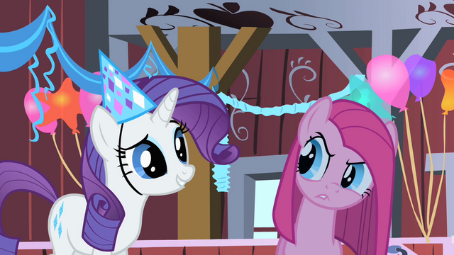 File:Rarity happy S01E25.png