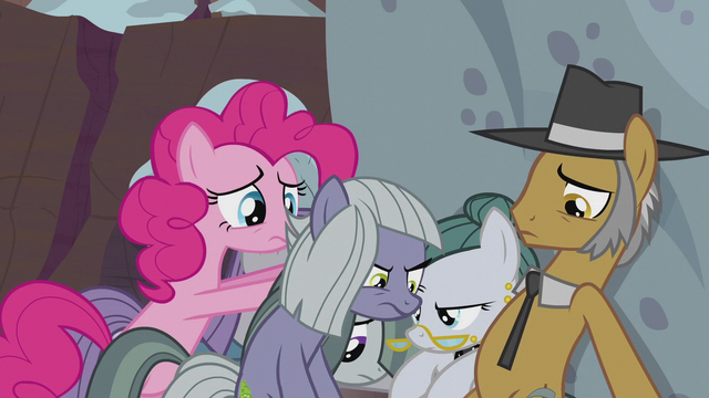 File:Pie family losing hope S5E20.png