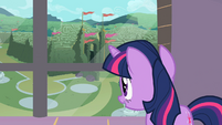 Twilight looking at the labyrinth through the window S2E01
