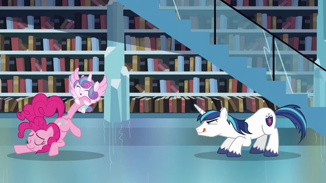 File:Shining Armor ready to leap towards Flurry Heart S6E2.png