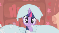 Twilight in pile S1E8