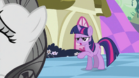 Twilight 'You're not going in' S2E02