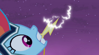 Rainbow Dash charging lightning bolt S4E06