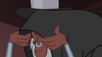 Tirek removing his cloak S4E25