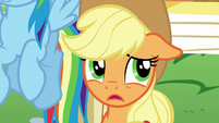 Applejack doesn't like where this is going S5E19