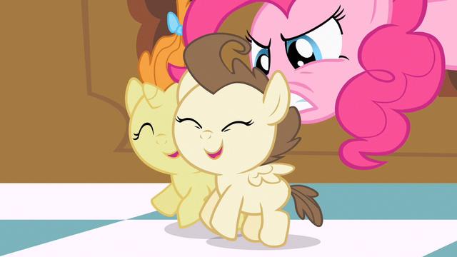 File:Pinkie Pie got ya! S2E13.png