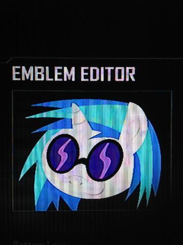 File:FANMADE DJ Pon-3 Black Ops 2 Emblem.jpg