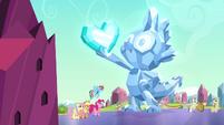 Crystal statue of Spike S4E25