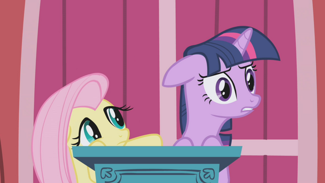 "File:Twilight ""anyone else?"" S1E04.png"