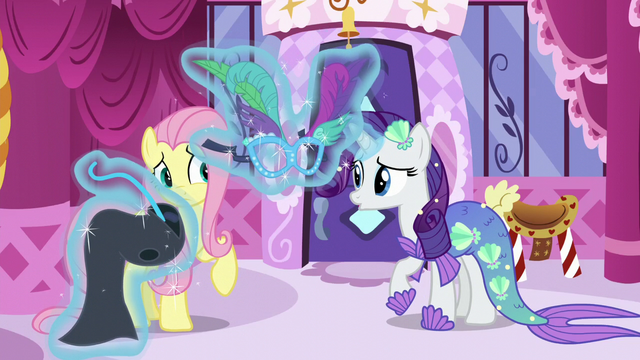 File:Fluttershy rejects the masquerade idea S5E21.png