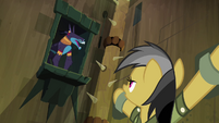 Ahuizotl laughing at Daring Do S4E04