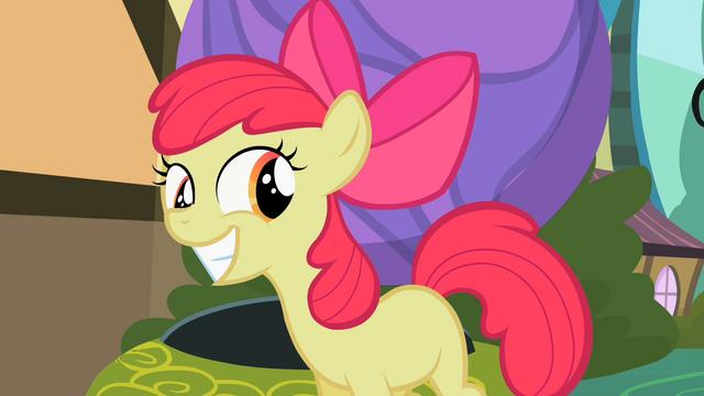 File:Apple Bloom grins S2E06.png