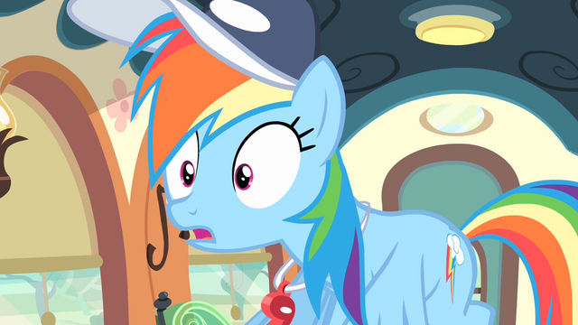 File:Rainbow surprised S4E05.png