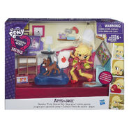 Equestria Girls Minis Applejack Bedroom set packaging