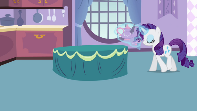File:Rarity levitating tea set S4E01.png