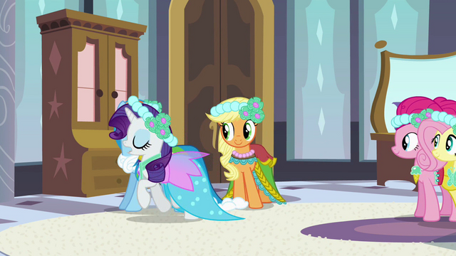 File:Rarity off to fix dress S2E25.png
