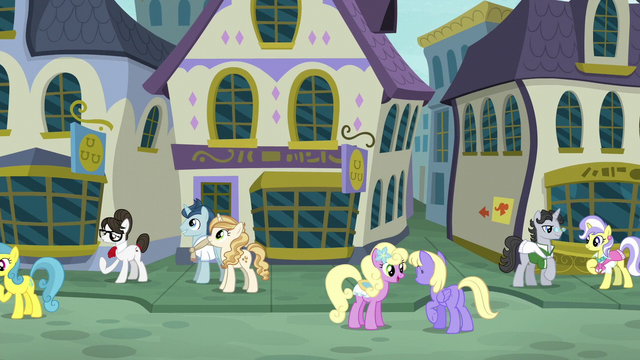 File:Ponies in Canterlot's Restaurant Row S6E12.png