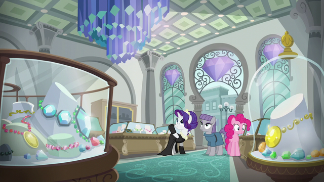 File:Pinkie, Maud, and Rarity in a jewelry store S6E3.png