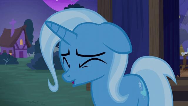 File:Trixie feeling ashamed S6E6.png