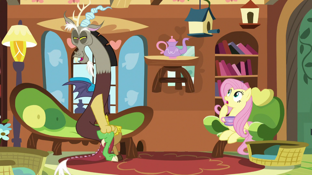 File:Fluttershy's tea set floats upward S5E7.png