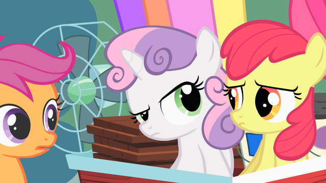 File:Sweetie Belle looking inquisitively at Apple Bloom S01E18.png