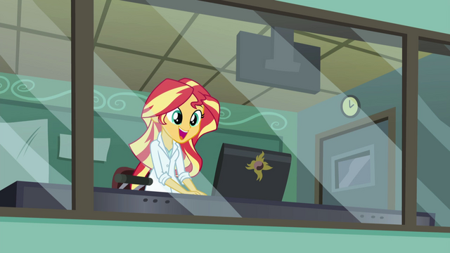 File:Sunset Shimmer happy EG3.png