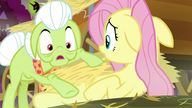 "File:Granny Smith ""crunchin' sound beneath"" S5E21.png"