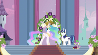 Celestia, Shining Armor and Spike S2E25