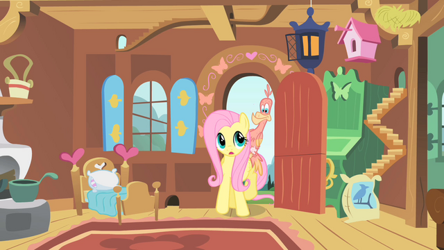 File:Fluttershy takes Philomena home S01E22.png