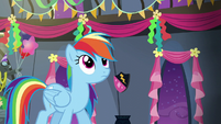 Rainbow looks up at her own banner S6E7