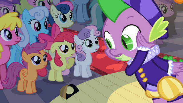 File:Spike getting close to audience S2E11.png