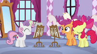 Sweetie Belle hits baton onto her music sheet stand S6E4