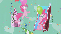 Pinkie's reflection doesn't move S1E03
