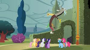 File:Discord with missing wings S02E01.jpg