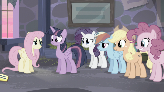 File:Mane 5 smiling at Fluttershy S5E02.png