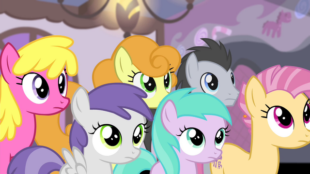 File:Ponies looking at Fluttershy S4E14.png