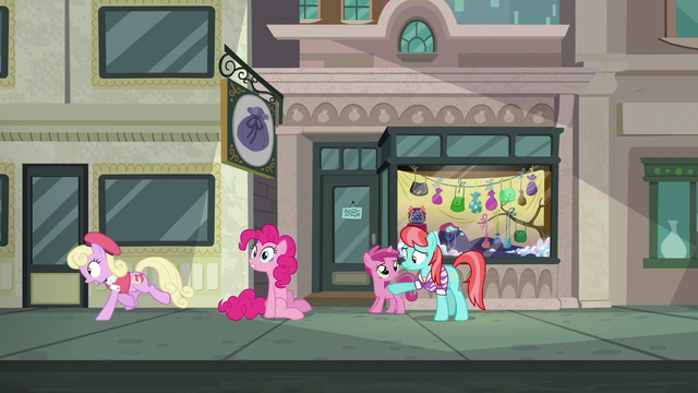 File:Luckette runs away from Pinkie Pie S6E3.png