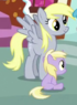Dinky sitting next to Derpy S5E19