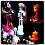 Facebook - SDCCI 2011 three dolls