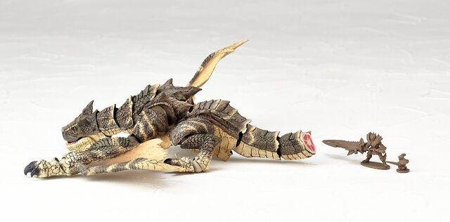File:Revoltech-Brute Tigrex Figure 005.jpg