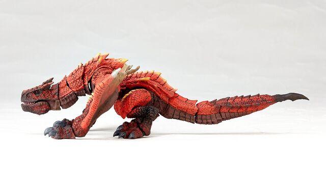 File:Revoltech-Molten Tigrex Figure 003.jpg