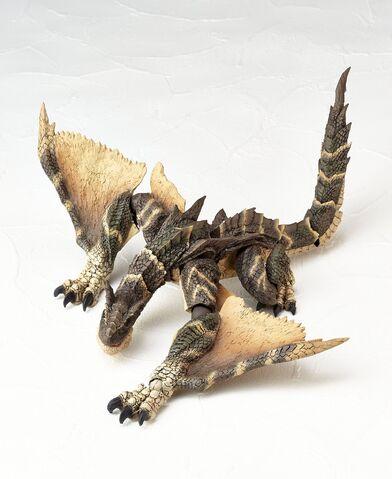 File:Revoltech-Brute Tigrex Figure 002.jpg